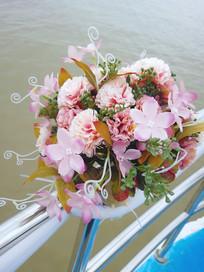 船边的花朵