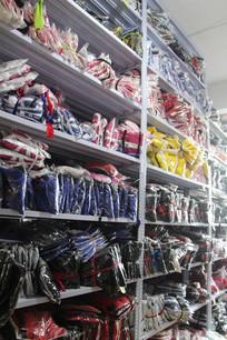 衣服陈列货架