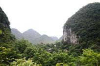 安顺龙宫景区的山峰