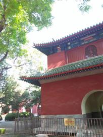 公园的古建筑一角