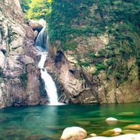 绿水青山瀑布流水