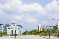 辽宁科技大学校园石砖路