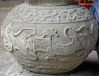 抽象鲤鱼纹理雕饰