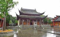 雨中的孔庙景观