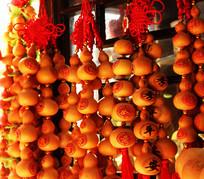 有中国结的小葫芦