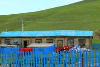 七卡小村百年木刻楞农家院