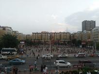 清镇市人民广场全景
