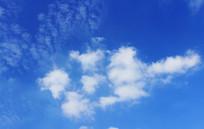 高空乌龟状白云