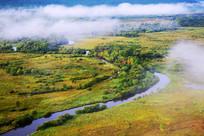 湿地河流云雾