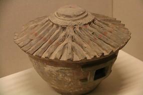 土陶古代粮仓模型