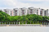湖泊公园高楼大厦风景图片