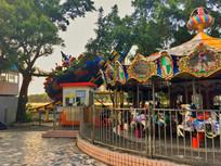 惠州滨江公园的旋转木马