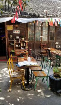 田子坊酒吧桌椅