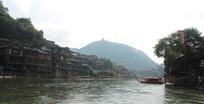 凤凰城沱江水
