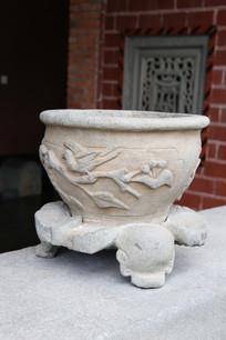 清代花鸟纹石盆
