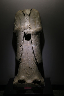 石刻无头半身佛像