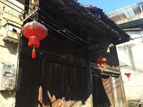 桂林大圩古镇屋檐与红灯笼