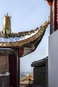 寺庙屋檐一角