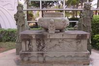清代麒麟祭台石雕