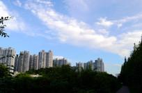 远处的贵阳世纪城高楼群