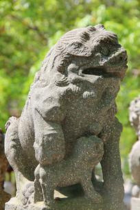明代石狮子雕像