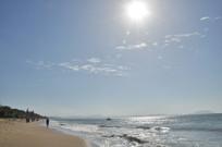 太阳下的沙滩