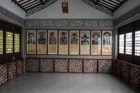 景区建筑内的惠州名人画像