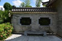 五象湖公园园林古典围墙
