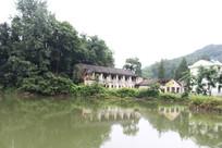 龙门山的老房子
