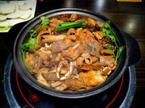 牛腩牛杂锅