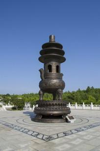 六鼎山建筑香炉