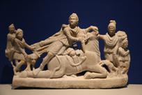 罗马尼亚大理石众女神与马雕像