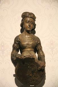 罗马尼亚贵族夫人铜塑