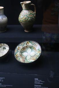 罗马尼亚手绘图案瓷器