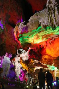 七彩炫丽的岩石
