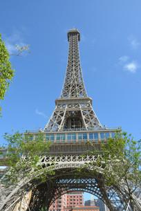 澳门巴黎人巴黎铁塔仰视