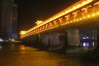 老桥晚上打灯效果