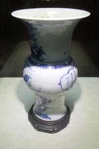 明代德化窑青花月光山水瓶
