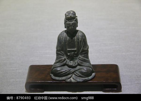 明代观音铜坐像图片