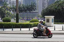 街头摩托车