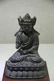 明代铜观音的坐像