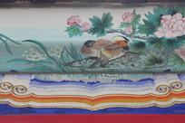房梁彩绘画水边牡丹花鸟
