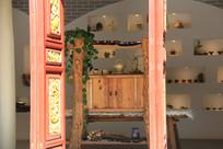 纳西族茶馆里的茶具