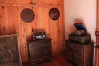 蒙古族家里的家具与各种用具