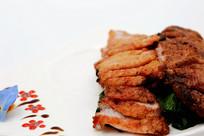 炭烧猪胫肉