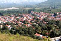 从山顶拍摄的鲁中山区新农村