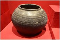 北宋时期灰陶罐