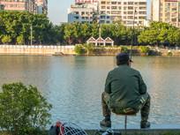 钓鱼者在钓鱼