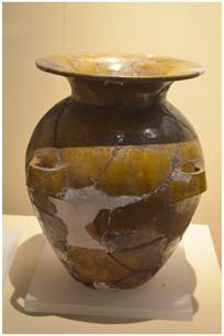 高句丽时代黄釉四耳陶壶