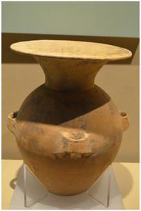 酱釉敞口瓷瓶